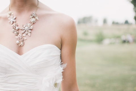 How to personalize your wedding dress for your special day