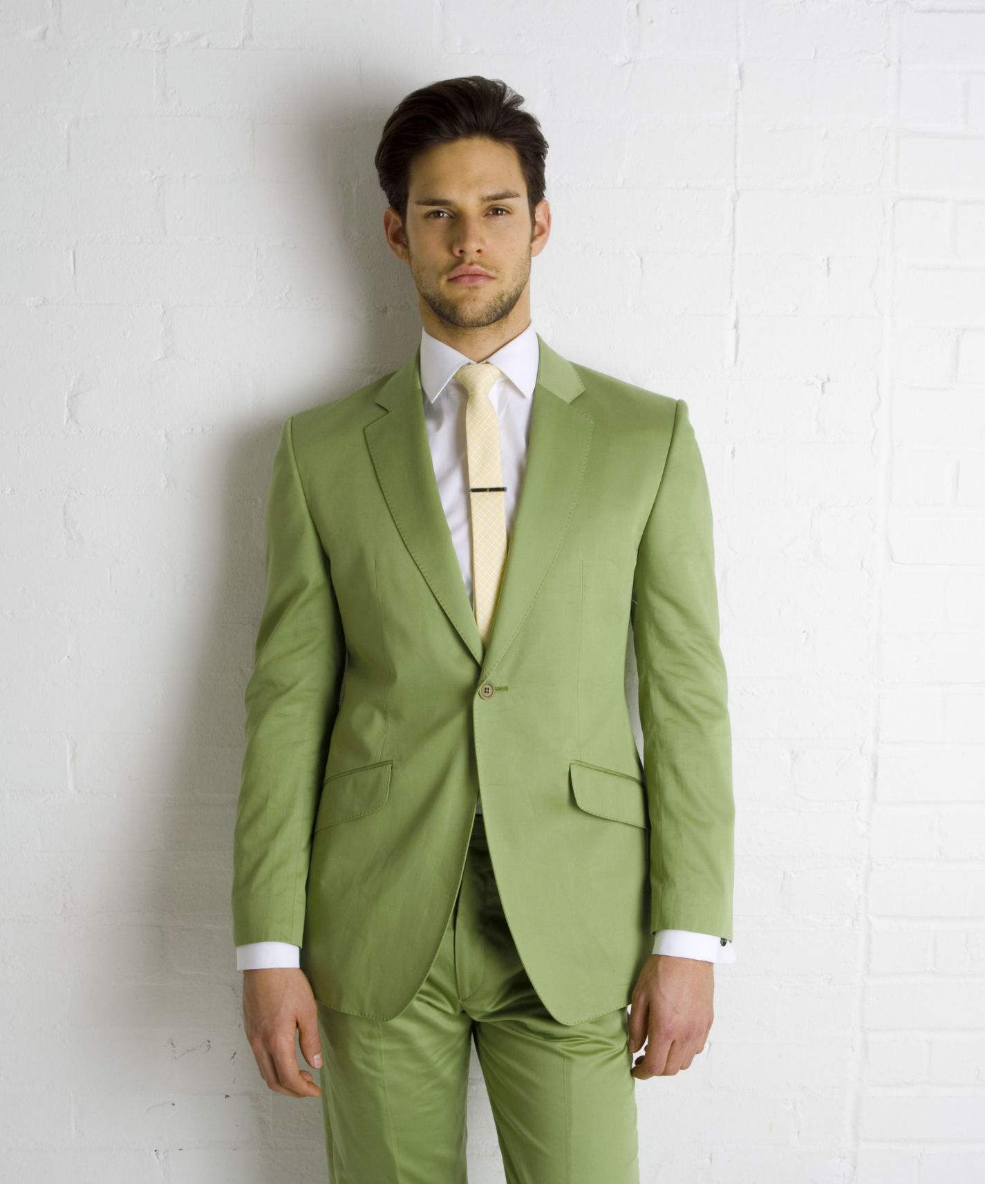 The 5Ws of hiring wedding suits