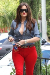 Women wardrobe malfunctions and how to avoid them Picture